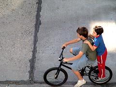 La importancia del juego y la actividad física en la niñez